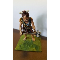 c28 GAMES WORKSHOP GIANT WITH HAMMER 1980'S